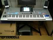 Yamaha Tyros 4 Keyboard