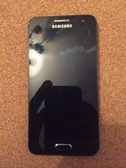Продам телефон Samsung Galaxy A 3