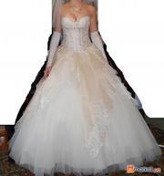 Вишукана італійська весільна сукня